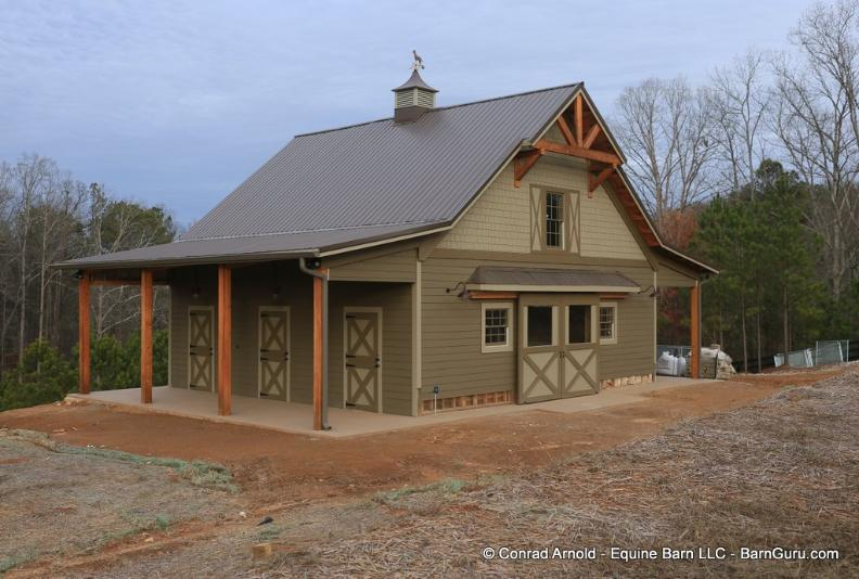 3 Stall Horse Barn With Dog Kennel and Full Loft