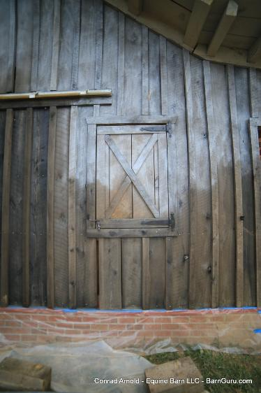 White Oak 2 Stall Barn Made To Look Very Old