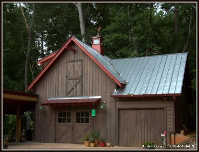 Barn plans 4 stall octagon horse barn living quarters for Garage that looks like a house